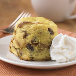 Raisin Bread pudding in a mug-ReadySetEat